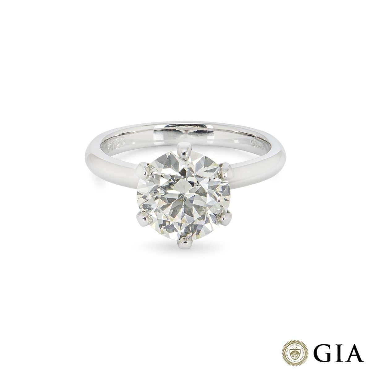 Round Brilliant Cut Diamond Ring 2.71ct N/VS1